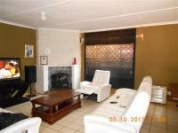 Lounges of property in Walkerville
