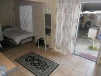 Bed Room 1 - 20 square meters of property in Mitchells Plain