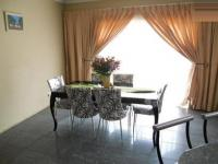 Dining Room - 20 square meters of property in Karenpark