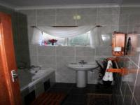Bathroom 1 - 6 square meters of property in Villieria