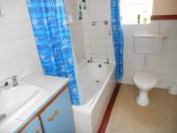 Main Bathroom - 5 square meters of property in Clanwilliam