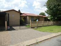 4 Bedroom 2 Bathroom House for Sale for sale in Brackendowns