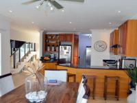 Dining Room - 33 square meters of property in Shelly Beach
