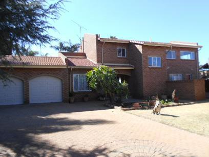 5 Bedroom House for Sale For Sale in Sunward park - Private Sale - MR077323