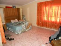 Main Bedroom - 32 square meters of property in The Orchards