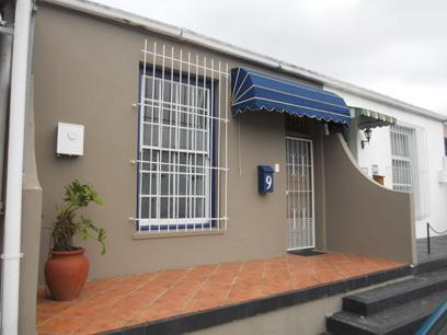 Standard Bank EasySell 2 Bedroom House For Sale in Plumstead - MR077632