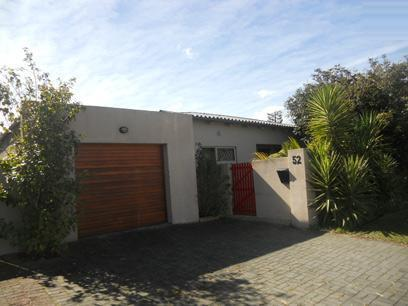 Standard Bank EasySell 3 Bedroom Sectional Title for Sale For Sale in George Central - MR077697