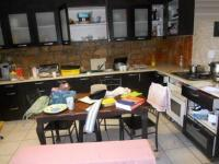 Kitchen - 9 square meters of property in Pelikan Park