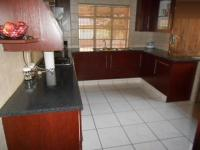 Kitchen - 15 square meters of property in South Hills