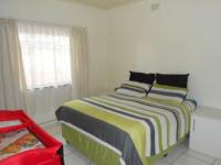 Main Bedroom - 14 square meters of property in South Hills