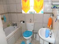 Bathroom 1 - 5 square meters of property in Celtisdal