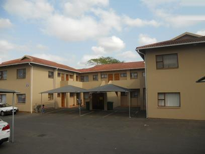 2 Bedroom Apartment for Sale For Sale in Empangeni - Private Sale - MR078204