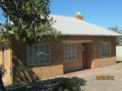 Standard Bank EasySell 2 Bedroom House for Sale For Sale in Beaufort West - MR078256