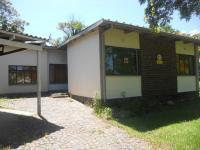 4 Bedroom 1 Bathroom in Knysna