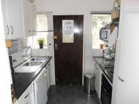 Kitchen - 8 square meters of property in Pierre van Ryneveld