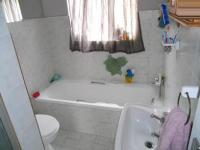 Main Bathroom - 5 square meters of property in Pierre van Ryneveld