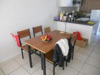Dining Room - 6 square meters of property in Parrow Valley