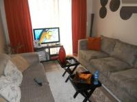 Lounges - 9 square meters of property in Parklands