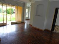 Lounges - 43 square meters of property in Benoni
