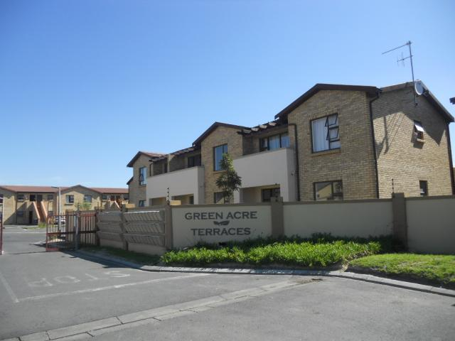 Standard Bank Repossessed 2 Bedroom Sectional Title for Sale on online auction in Strand - MR078792