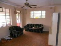 Lounges - 23 square meters of property in Durban Central