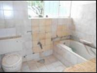 Bathroom 2 - 5 square meters of property in Randfontein