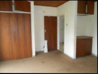 Main Bedroom - 22 square meters of property in Randfontein