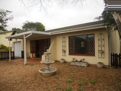 Standard Bank EasySell 2 Bedroom Sectional Title for Sale For Sale in Crestview - MR079165