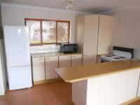 Kitchen - 14 square meters of property in Crestview