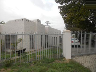 Standard Bank EasySell 4 Bedroom House For Sale in Bellville - MR079226