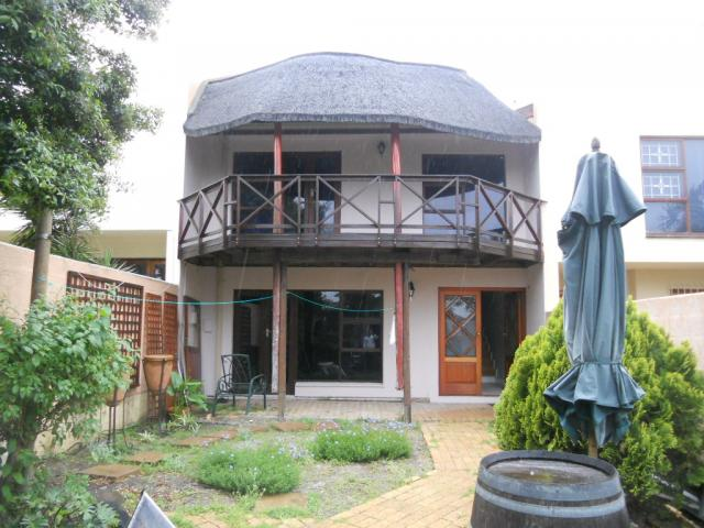 Standard Bank Repossessed 4 Bedroom House for Sale on online auction in Parow Central - MR079276
