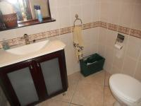 Bathroom 2 - 3 square meters of property in Parow Central