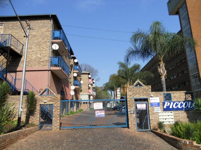 Standard Bank EasySell 2 Bedroom Sectional Title for Sale For Sale in Gezina - MR079517
