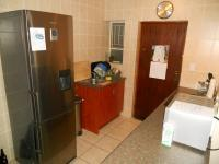 Kitchen - 7 square meters of property in Aeroton