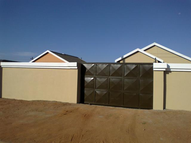 3 Bedroom House for Sale For Sale in Protea Glen - Home Sell - MR079869