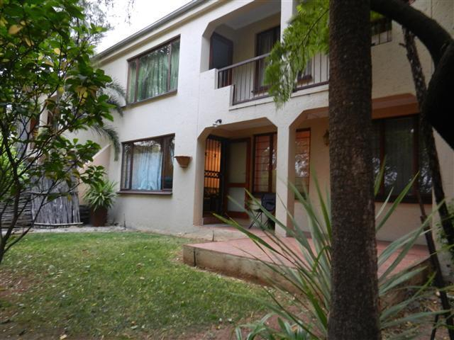 Standard Bank EasySell 3 Bedroom Cluster for Sale For Sale in Sunninghill - MR079894