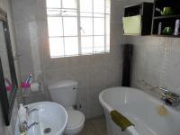 Bathroom 1 - 3 square meters of property in Theresapark