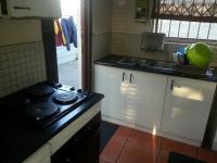 Kitchen - 7 square meters of property in Montague Gardens