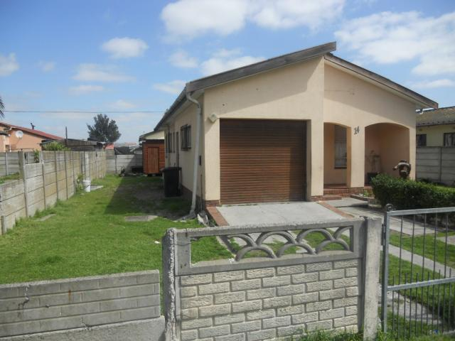 Standard Bank EasySell 3 Bedroom House For Sale in Stellenbosch - MR079979