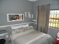 Bed Room 1 - 9 square meters of property in Craigavon A.H.