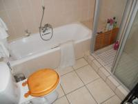 Bathroom 2 - 6 square meters of property in Craigavon A.H.