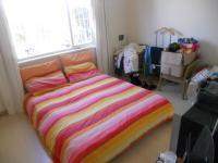 Main Bedroom - 14 square meters of property in Cape Town Centre