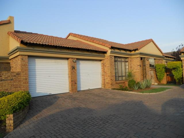 3 Bedroom Sectional Title For Sale in Equestria - Home Sell - MR080368