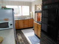 Kitchen - 8 square meters of property in Elandspark