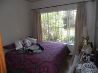 Bed Room 2 - 15 square meters of property in Moreletapark