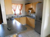 Kitchen - 8 square meters of property in East Lynne