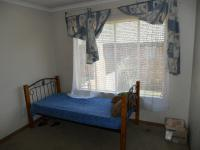 Bed Room 2 - 12 square meters of property in East Lynne