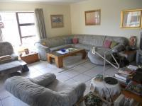 Lounges - 35 square meters of property in Gordons Bay