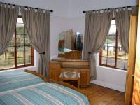 Bed Room 1 - 21 square meters of property in Waterval Boven