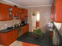 Kitchen - 18 square meters of property in Queensburgh